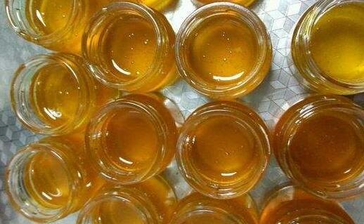 蜂蜜究竟可以放在冰箱直接保存吗?