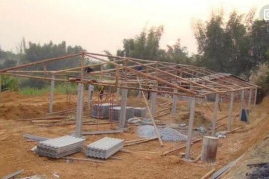 (新型)农村小型养鸡场设计图大全?